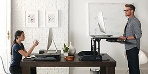 Plateforme assis-debout Varidesk pour travailler debout et réduire mal de dos au bureau