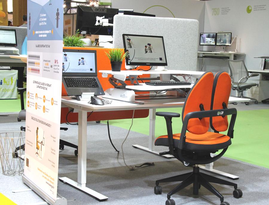 Poste de travail avec plateforme assis-debout - Alternance des postures